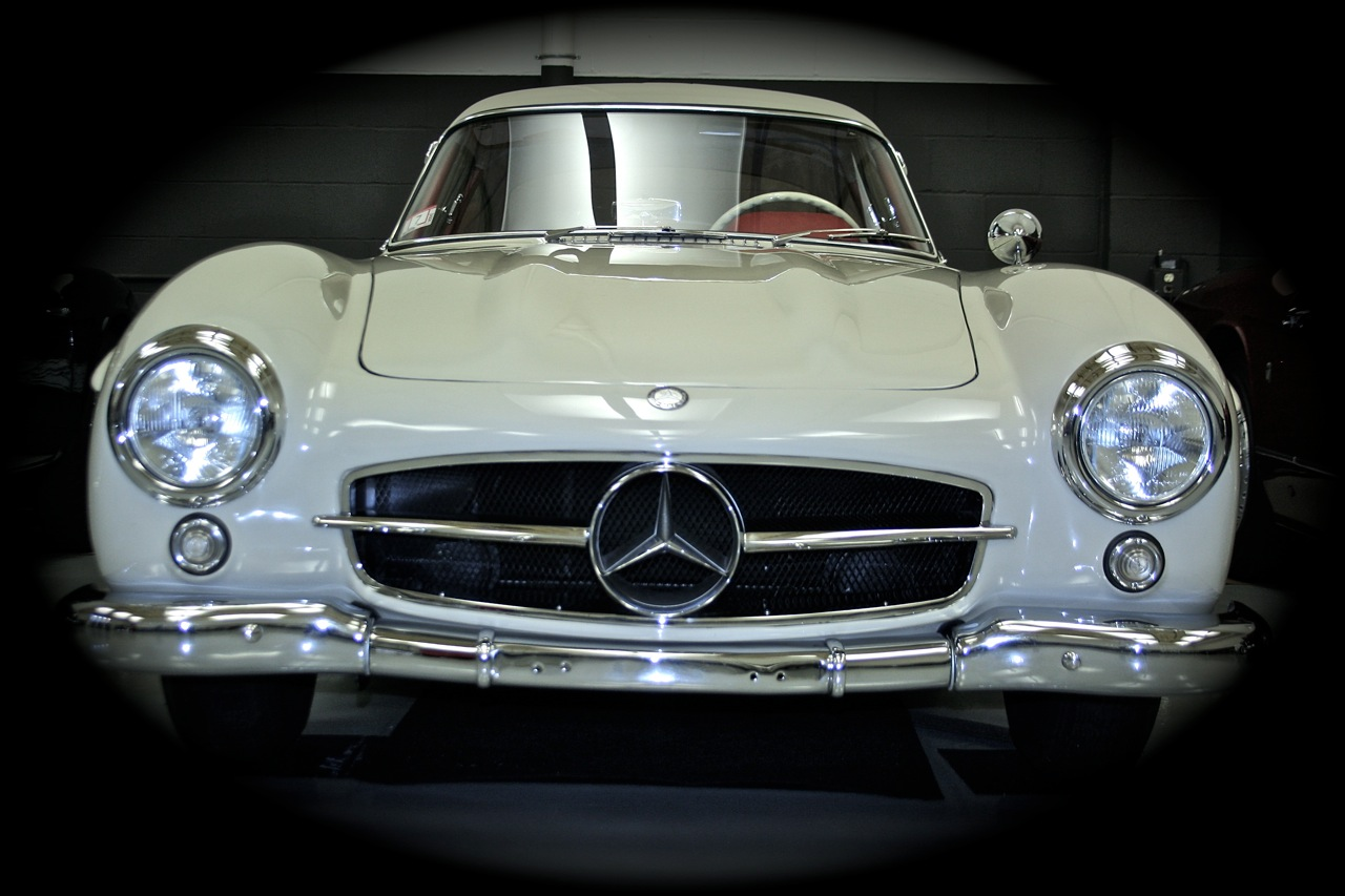 Mercedes benz 300sl gullwing coupe for Mercedes benz 300sl price